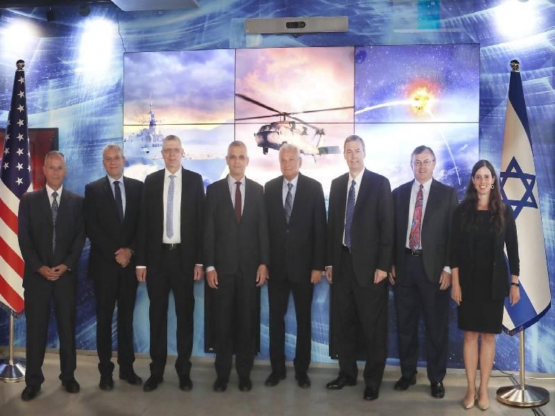לוקהיד מרטין ורפאל חתמו על הסכם לפיתוח משותף של מערכת הגנה מבוססת לייזר